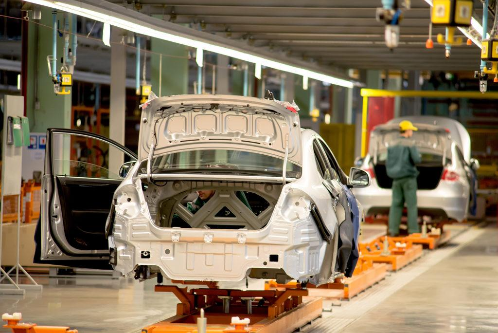 production line for the assembly of new vehicles